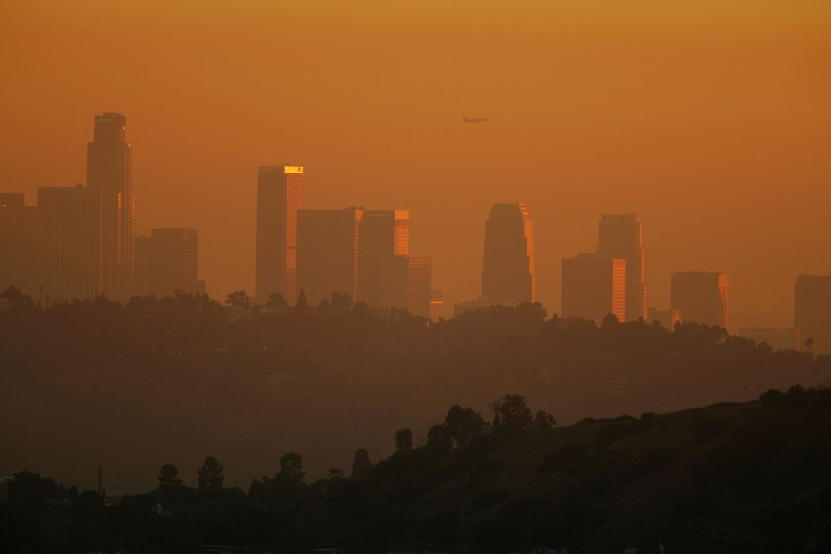 California has reached its 2020 emissions goals early and emissions levels are now at the same level as in the 1990s.