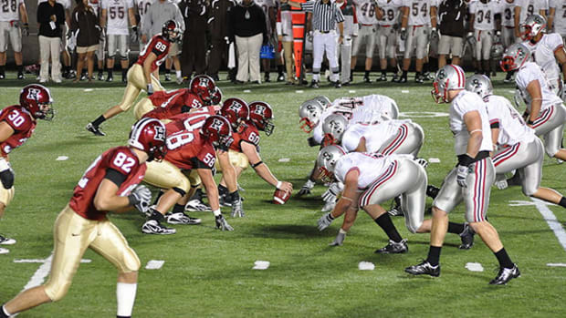 brown-harvard-football