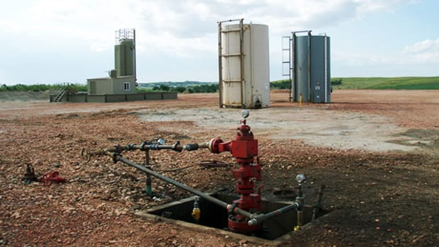 well-head-fracking
