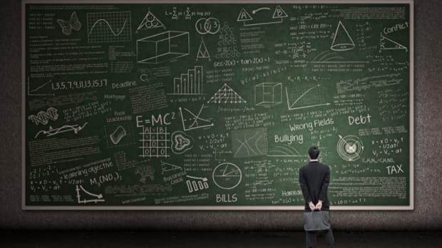 professor-blackboard