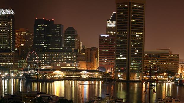 baltimore-harbor-night