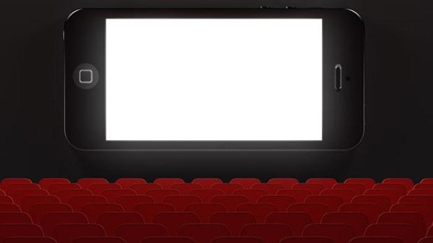 cellphone-movie-theater