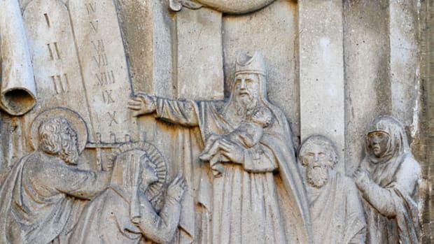 circumcise-jesus-carving