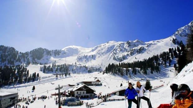 skiresort1.jpg