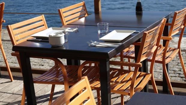 sunny-restaurant