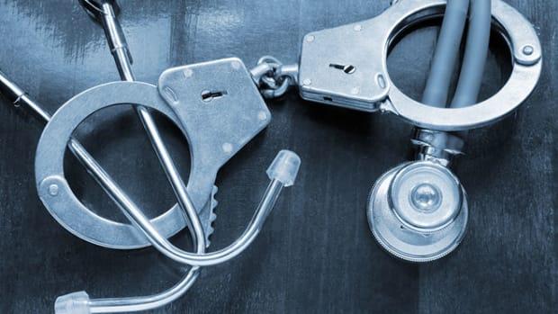 doctor-arrest