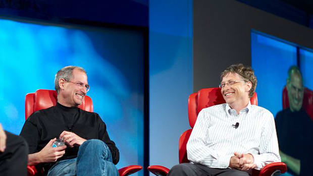 800px-Steve_Jobs_and_Bill_Gates_(522695099)