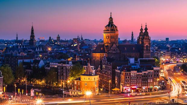 amsterdam-skyline-night