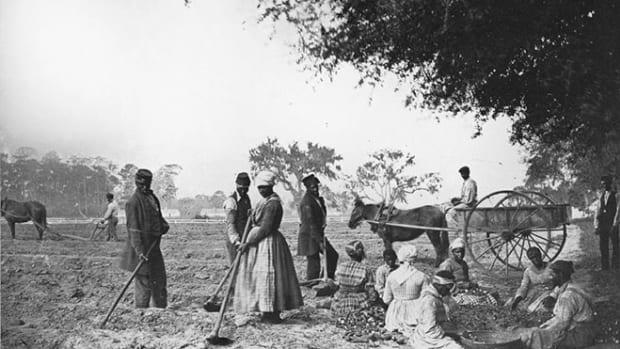 slave-plantation
