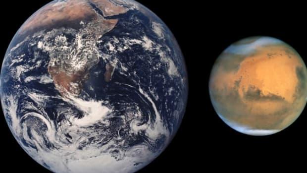 Mars_Earth 1213.jpg