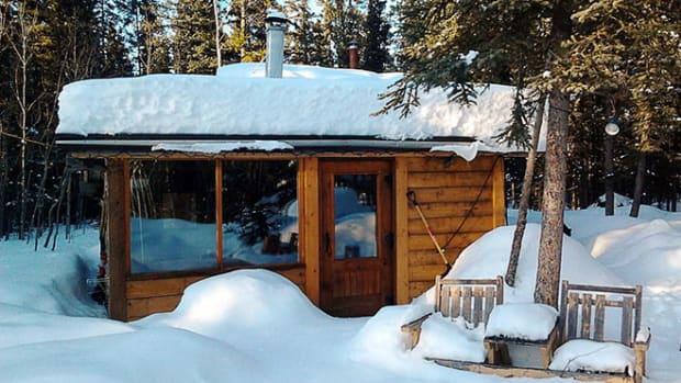 cabin-yukon