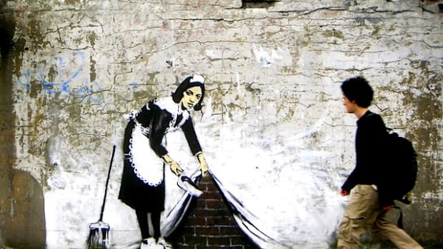 banksy-brush