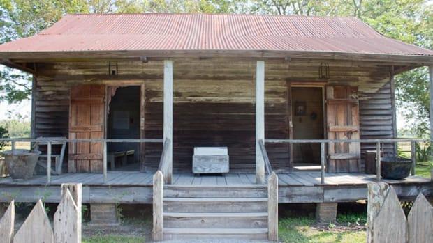 plantation-cabin