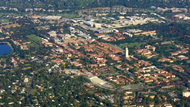 Stanford_Campus_Aerial_Photo.JPG