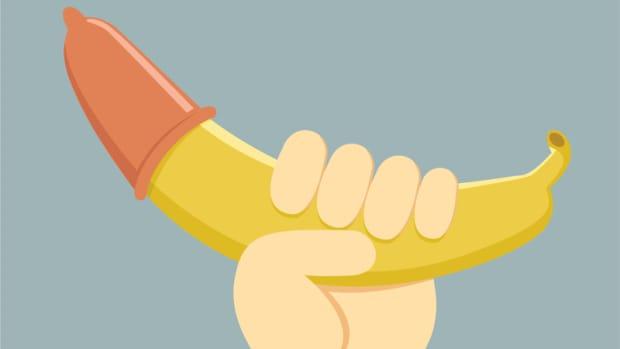 banana condom square