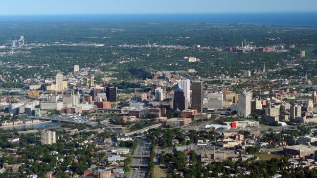 Rochester_aerial_aug_17_2007.jpg