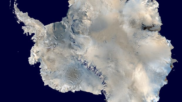 Antarctica_6400px_from_Blue_Marble.jpg