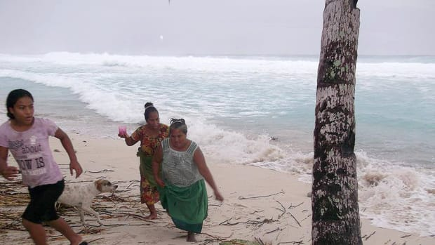 kiribati climate cyclone pam