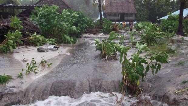 kiribati climate refugees