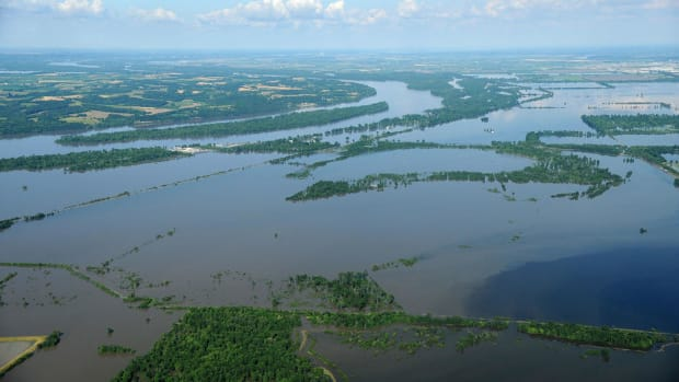 3-fema_-_36445_-_aerial_of_flooding_in_missouri.jpg