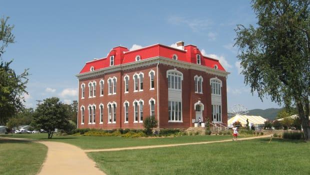 Choctaw_capitol_museum.jpg
