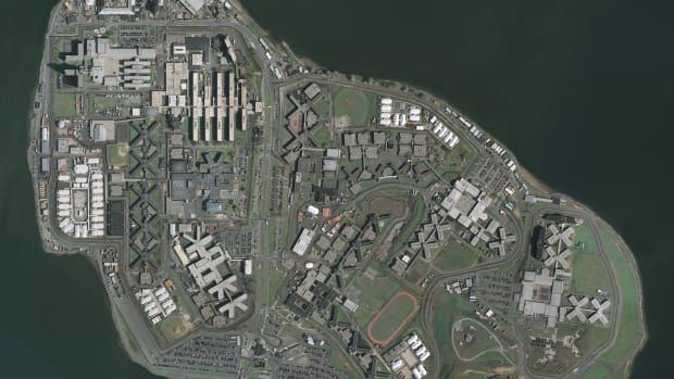 USGS_Rikers_Island.png