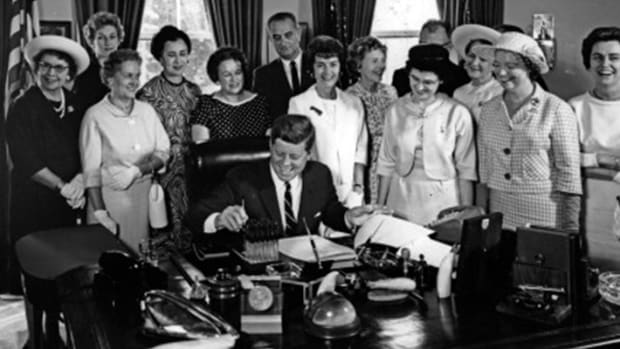 kennedy-equal-pay.jpg