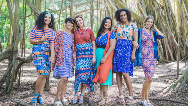A promotional picture from LuLaRoe's website.