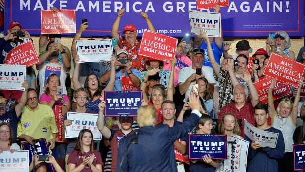 Donald Trump waves to supporters in Roanoke, Virginia, on September 24th, 2016.