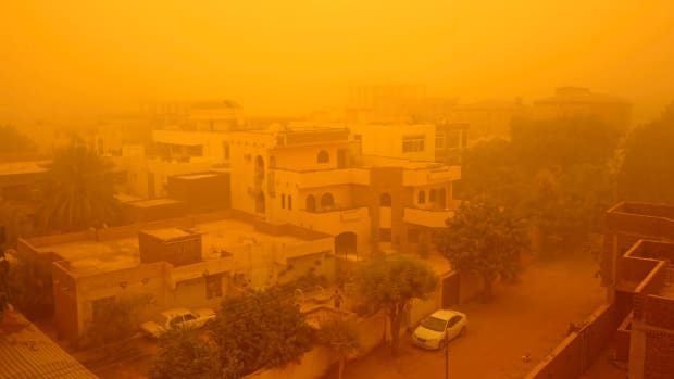 This picture, taken on March 30th, 2018, shows the dust storm in Khartoum. A thick sandstorm engulfed the Sudanese capital on Thursday, forcing authorities to cancel flights and shut schools in Khartoum and other nearby towns.