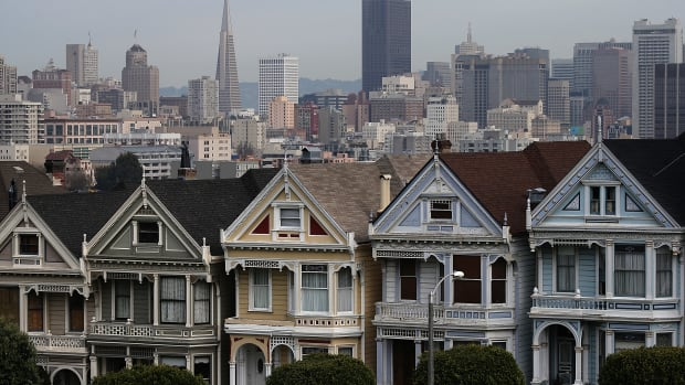 A view of San Francisco's famed Painted Ladies victorian houses.