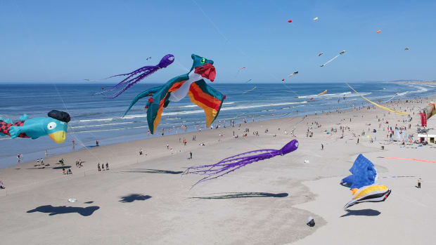 People fly kites during the 32nd International Kite Festival at the beach of Berck-sur-Mer, northern France, on April 18th, 2018. The festival takes place until April 22nd, 2018.