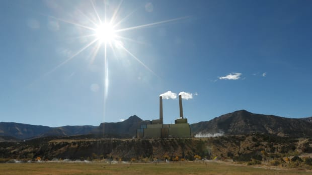 Smoke rises from Pacificorp's 1,000-megawatt coal-fired power plant on October 9th, 2017, outside Huntington, Utah.