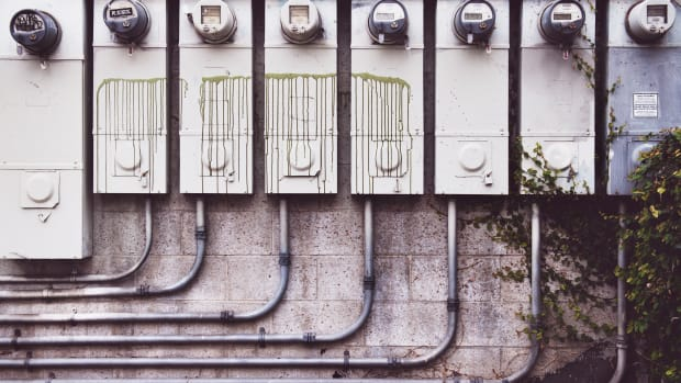 Echo Park, Los Angeles — Electricity