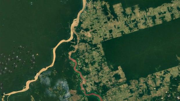 Deforestation around Igarapé Lage, in Rondônia, Brazil.