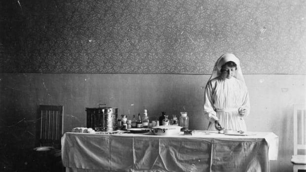 Florence Farmborough in 1915.