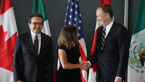 Mexico's Secretary of Economy Ildefonso Guajardo Villarreal, Canada's Minister of Foreign Affairs Chrystia Freeland, and United States Trade Representative Robert E. Lighthizer gather for a trilateral meeting.