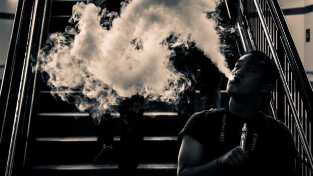 Smoke_Screen_(16582794210)