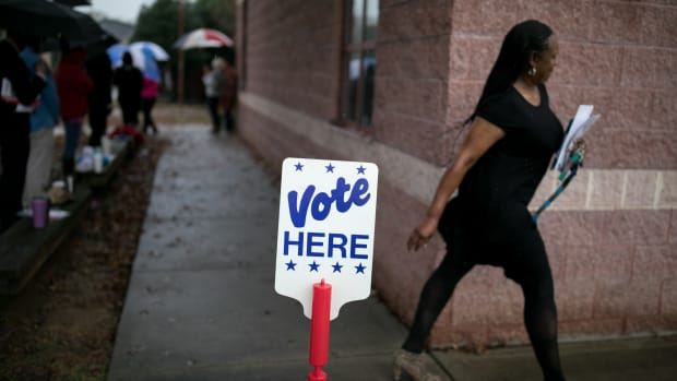 Residents of Charlotte, North Carolina, arrive at a polling station to vote on November 6th, 2018.