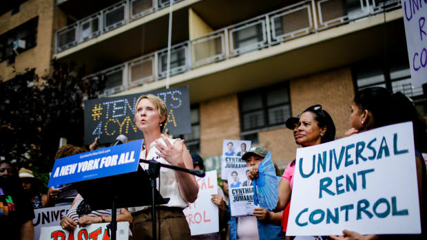 2018 Democratic gubernatorial candidate Cynthia Nixon speaks at a rally for universal rent control in New York City.