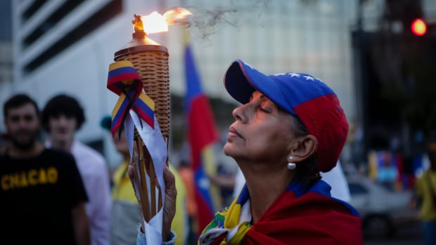Supporters of Juan Guaidó gather to demonstrate against the government of Nicolás Maduro in a vigil at Parque Cristal in Los Palos Grandes on May 5th, 2019, in Caracas, Venezuela. On April 30th, Guaidó led his third attempt this year to oust Maduro. After its failure, Guaidó called for national strikes, insisting that the armed forces join him.