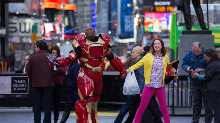 'Unbreakable Kimmy Schmidt' and America's Long, Weird Love Affair With Cults