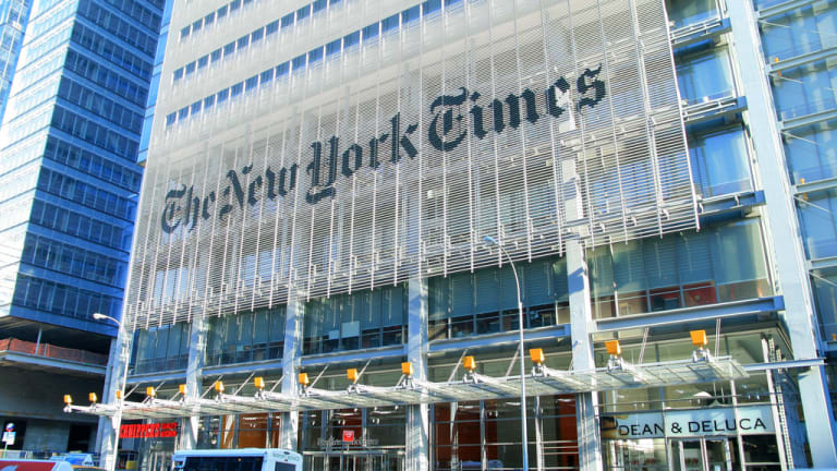 The Overwhelming Gender Bias in 'New York Times' Book Reviews