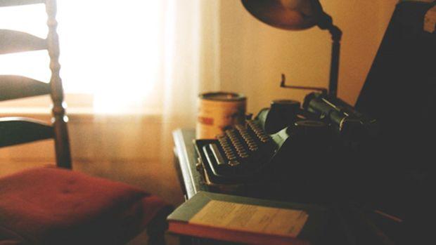 faulkner-typewriter
