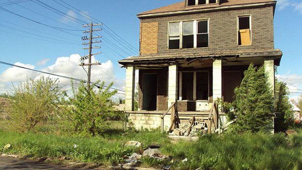 detroit-abandoned-house