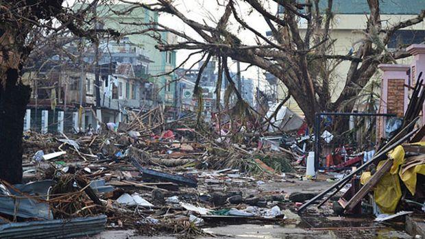 typoon-philippines-damage