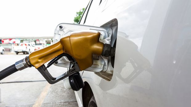 car-fueling
