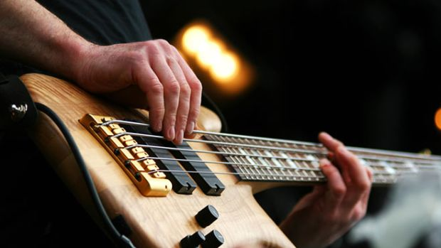 music-training-guitar