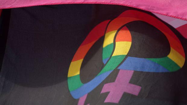 lesbian-flag-pride