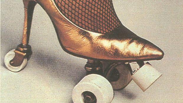 heel-roller-skate